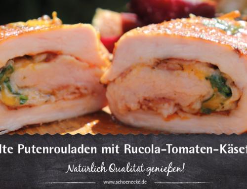 Gegrille Putenrouladen mit Rucola-Tomaten-Käsefüllung