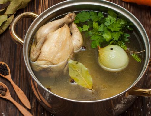 Klassische Hühnersuppe